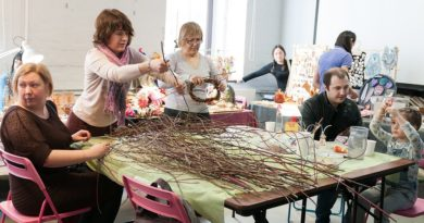 http://vestnikkladez.ru - Благотворительная «Вербная ярмарка»