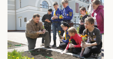http://vestnikkladez.ru - молодежный субботник