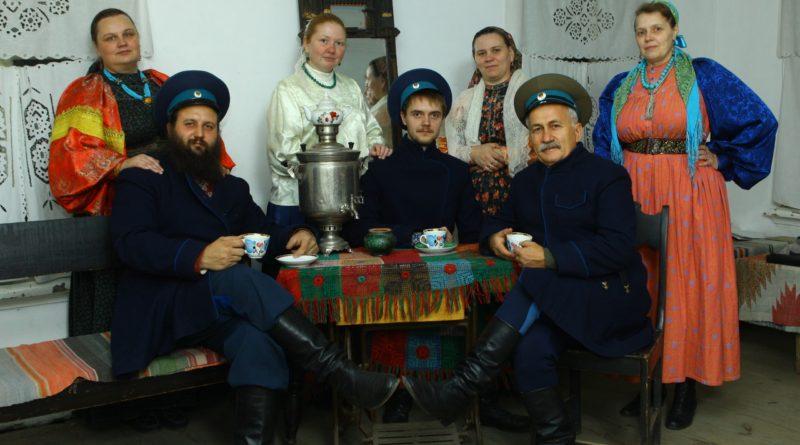 Концерт фольклорного семейного ансамбля казачьей песни «Воля»