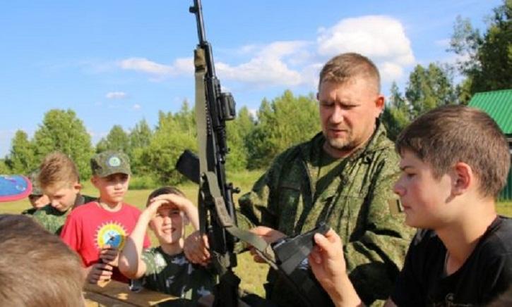 http://vestnikkladez.ru - учебные военно-спортивные сборы для подростков