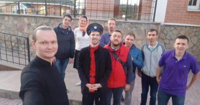 http://vestnikkladez.ru -цикл занятий по традиционной казачьей культуре